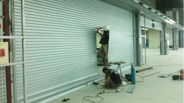 Sửa chữa cửa cuốn tại Phú Xuyên giá rẻ